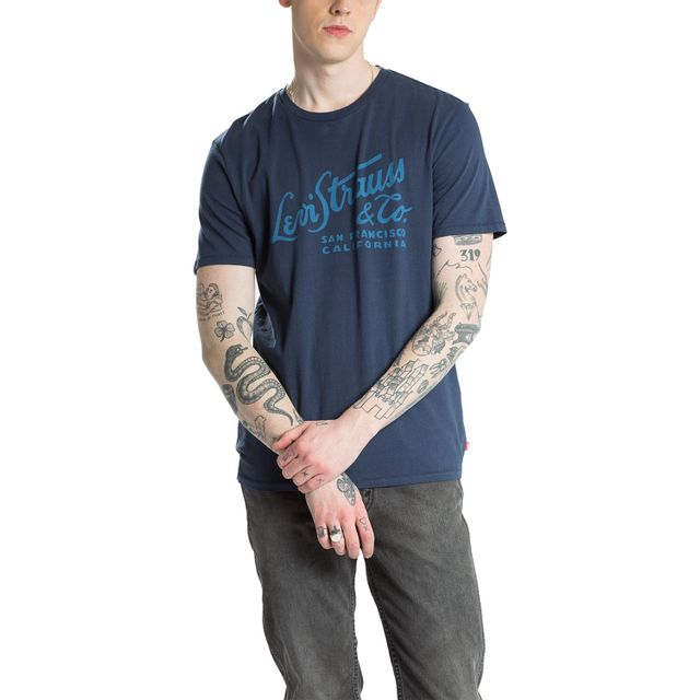 Camiseta-Levis-Logo-Wordmark