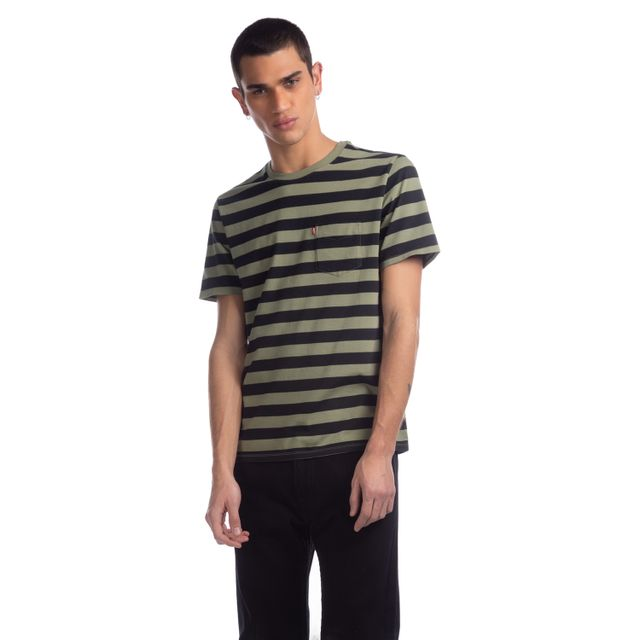 Camiseta-Levis-Classic-Pocket