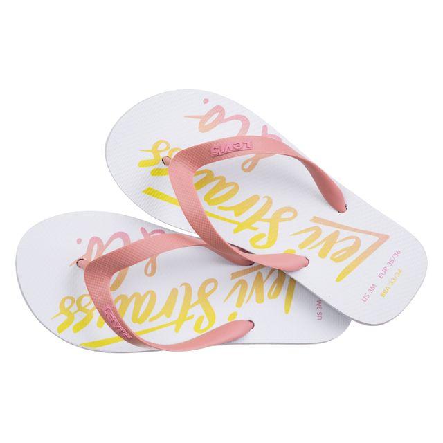 Chinelo-Levis--Wordmark-Logo-Flip-Flop